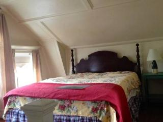 Adorable One Bedrm Cottage in East Gloucester - North Shore Massachusetts - Cape Ann vacation rentals