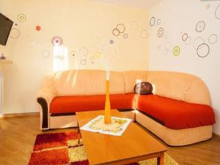 Sorriso del SOLE **** very close to all :) - Vantacici vacation rentals