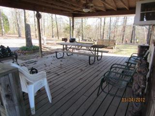 Two Bedroom Family Vacation Cottage DeGray Lake AR - Bismarck vacation rentals