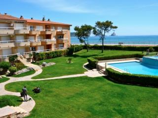 Cozy L'Estartit Condo rental with Shared Outdoor Pool - L'Estartit vacation rentals