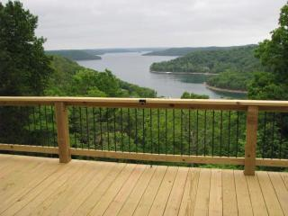 Cabins View and hot tub too. 2-8 - Eureka Springs vacation rentals