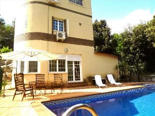 Luxurious casa de Caldes de Montbui 30 minutes from Barcelona and the beach - Santa Eulalia de Ronsana vacation rentals