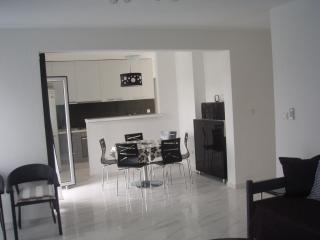 Apartment Petra Murter - apartment Perla - Murter vacation rentals