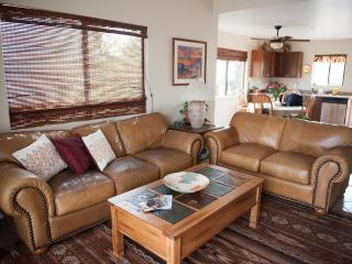 Hidden Gem in Red Rock Crossing and Oak Creek - Sedona vacation rentals