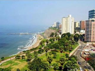 Apartamento Miraflores Larcomar  Una Cuadra Marriot - Lima vacation rentals