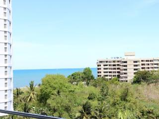 Villas for rent in Hua Hin: C6045 - Hua Hin vacation rentals