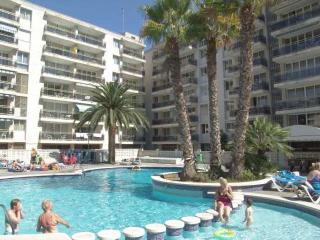 Los peces - Apartment 2/4 - Salou vacation rentals