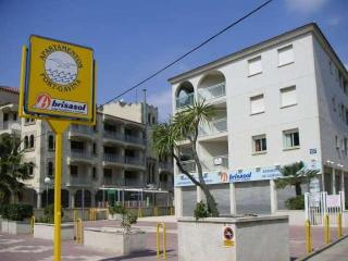 Port Gavina - Apartamento 2/4 - Salou vacation rentals