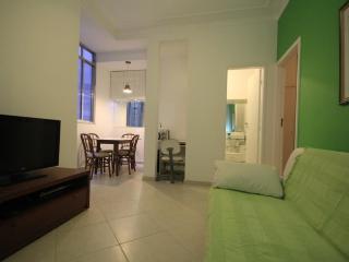 ★Copacabana 23 - Rio de Janeiro vacation rentals