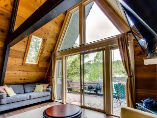 Cabin w/wood stove; private beach, dock & boat slip - Coeur d'Alene vacation rentals