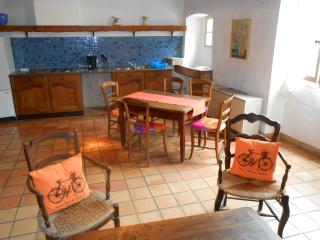 Perfect 2 bedroom House in Saint-Martin d'Ardeche - Saint-Martin d'Ardeche vacation rentals
