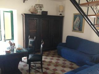 Romantic 1 bedroom Condo in Acate - Acate vacation rentals