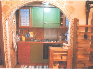Comfortable Apartment in Caporciano with Central Heating, sleeps 4 - Caporciano vacation rentals