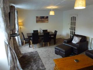 The Village Inn Apartment, Dunblane - Dunblane vacation rentals