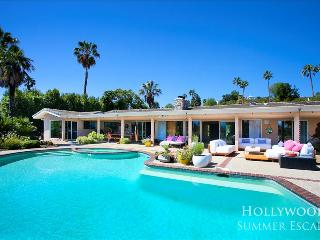Gorgeous Villa with A/C and Television - North Hollywood vacation rentals