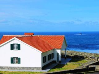 Beautiful Azores vacation House with Internet Access - Azores vacation rentals