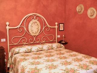 "Agrit. ""Fiore di Campo"" - app. Papavero - Fermo vacation rentals"