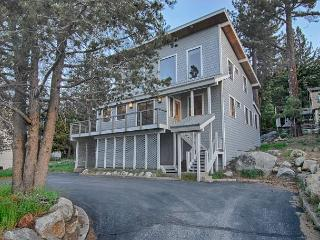Squaw Cottage - Spectacular Squaw Views, Close to Village - Lake Tahoe vacation rentals