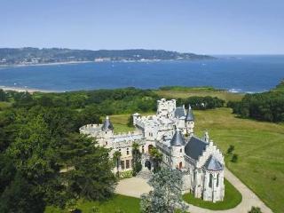 Great beach flat, terrace, Hendaye - Hendaye vacation rentals