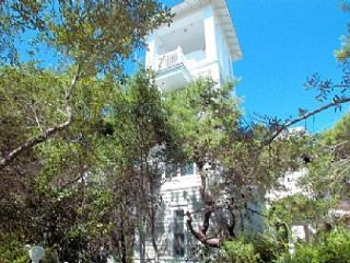Secret Garden - Seaside vacation rentals