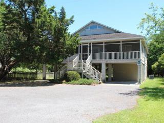Dee Dees Beach House - Pawleys Island vacation rentals