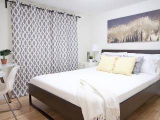 3BR Modern Vancouver Suite - 15mins to everywhere! - Vancouver vacation rentals