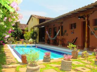 Comfortable House with Internet Access and A/C - Granada vacation rentals