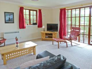 TURNBERRY 4, detached lodge with access to indoor swimming pool, gym, close golf, ideal touring base, Dailly Ref 912694 - Kirkoswald vacation rentals