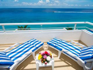 Pure bliss! Newly remodeled Miramar penthouse condo 402 - Cozumel vacation rentals