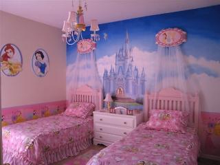 Tuscan Hills 5 bedrom Luxury Disney Villa Florida - Davenport vacation rentals