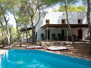 Villa Es Calò - 800mt dal mare - Es Calo vacation rentals
