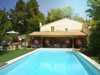 La Tuilerie, Lovely 4 Bedroom House with WiFi at Provedence Paradise, St Remy - Saint-Remy-de-Provence vacation rentals