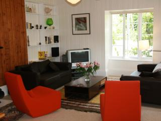 Stunning Loft Apartment in the Cotwolds - Chalford vacation rentals