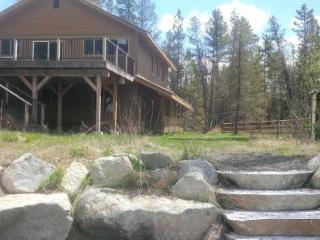 Hereford Lakehouse Custom Home - Donnelly vacation rentals
