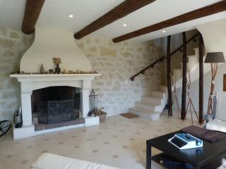 Chambres d hôtes à 10min d'Avignon - Saze vacation rentals