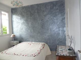 Bleu- blanc-sable - Dinard vacation rentals