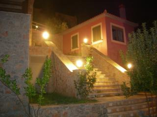 Beautiful 2 bedroom House in Tyros with Deck - Tyros vacation rentals