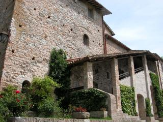 CASTELBARCO Ducal Residence from €29 pp nt - Urbino vacation rentals