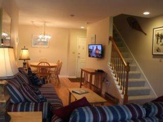 4BR Multi-level condo with balcony and deck - B3 320B - Waterville Valley vacation rentals