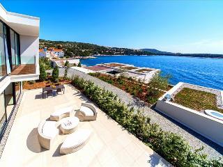 Modern & Luxurious Beachfront Villa in Dalmatia (5) - Primosten vacation rentals