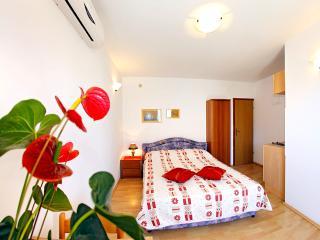 Mediha Studio Apartment on peninsula Pelješac (A2) - Orebic vacation rentals