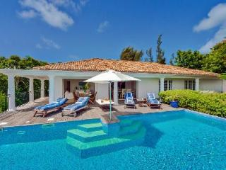 Little Provence - Lovely open villa with beautiful view of nearby Baie-Longue - Saint Martin-Sint Maarten vacation rentals