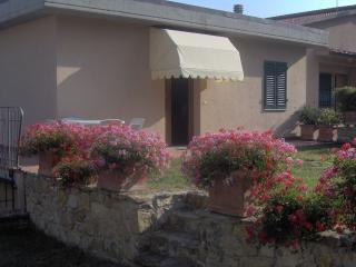 Beautiful Condo with A/C and Central Heating - Greve in Chianti vacation rentals
