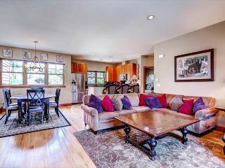 Highland Greens 80 Luxury Townhome Hot Tub Breckenridge Colorado - Breckenridge vacation rentals