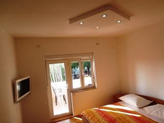 Studio Apartment near beach - Bibinje vacation rentals