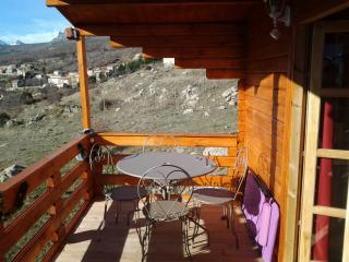 2 bedroom Chalet with Internet Access in Lozzi - Lozzi vacation rentals