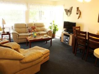 Great Condo in a Community 1 Block from the Beach, - Myrtle Beach vacation rentals