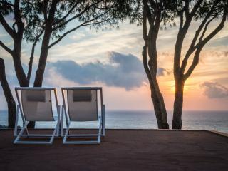 Cozy 2 bedroom Villa in Macari with Deck - Macari vacation rentals