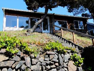 Dog-friendly vintage-style home w/ocean views and beach access - Rockaway Beach vacation rentals