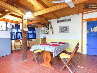 Romantic 1 bedroom Sant Antioco House with Washing Machine - Sant Antioco vacation rentals